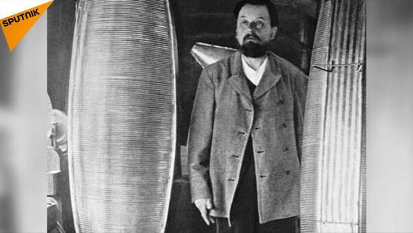 Naukowiec-samouk i wynalazca Konstantin Ciołkowski - Sputnik Polska