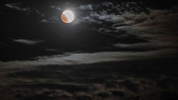 Księżyc nad Krymem - Sputnik Polska