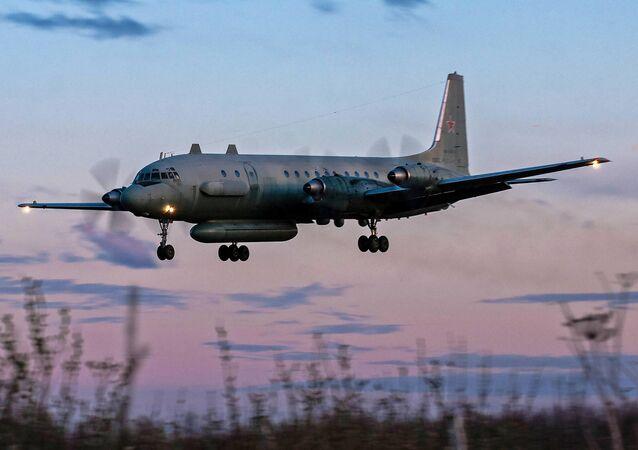 Rosyjski samolot Ił-20M. Zdjęcie archiwalne