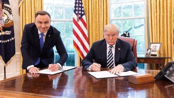 Andrzej Duda i Donald Trump w Białym Domu - Sputnik Polska