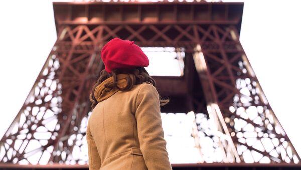 Kobieta w Paryżu - Sputnik Polska