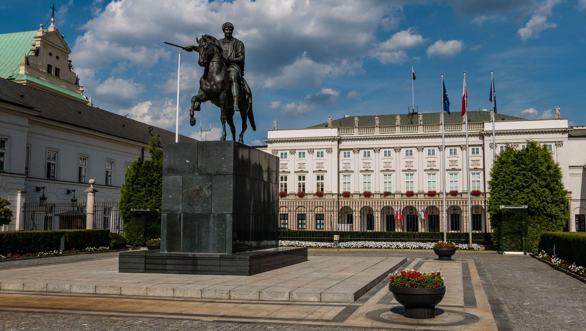 Pomnik księcia Józefa Poniatowskiego w Warszawie - Sputnik Polska, 1920, 03.05.2021