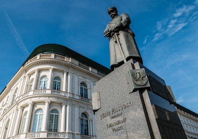 Pomnik Józefa Piłsudskiego w Warszawie.