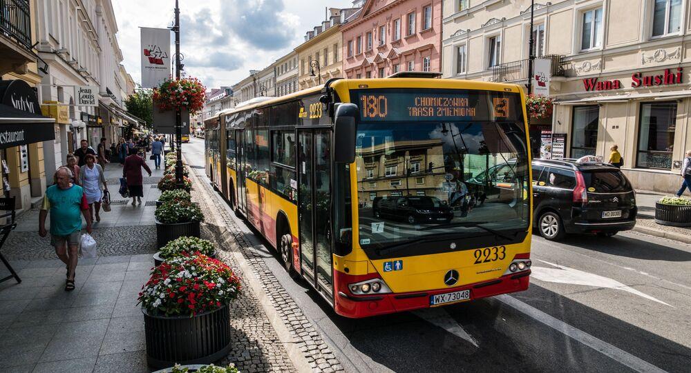Autobusy miejskie w Warszawie.