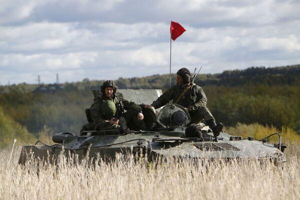Manewry wojskowe w obwodzie kostromskim - Sputnik Polska