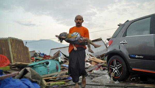 Trzęsienie ziemi w Indonezji - Sputnik Polska