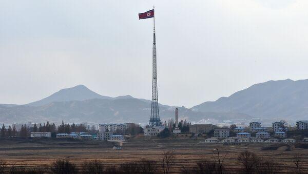Strefa zdemilitaryzowana dzieląca Półwysep Koreański na KRLD i Koreę Południową - Sputnik Polska