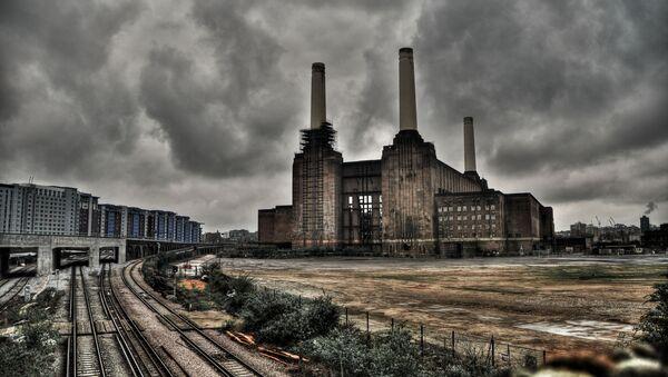 Nieczynna elektrownia Battersea w Londynie - Sputnik Polska