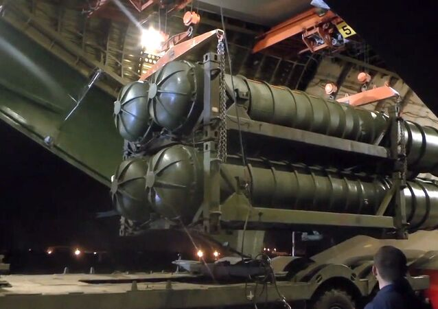 Rakietowe systemy przeciwlotnicze i przeciwbalistyczne przewiezione do Syrii samolotem An-124-100 Ministerstwa Obrony Rosji