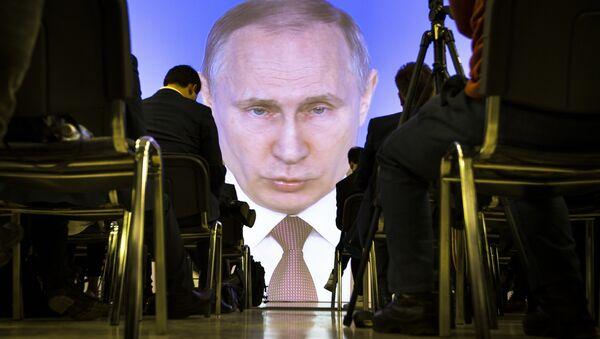 Transmisja wystąpienia Władimira Putina - Sputnik Polska