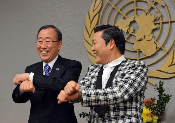 Ban Ki-moon tańczy Gangnam style - Sputnik Polska