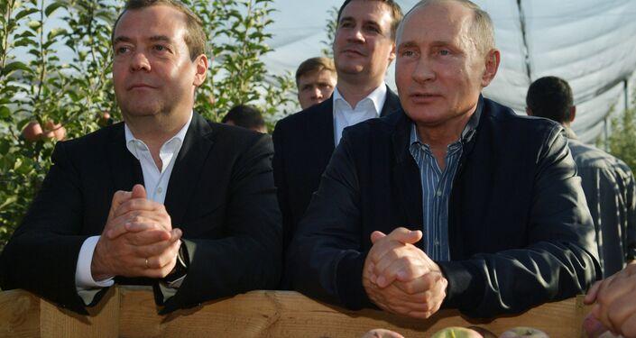 Władimir Putin i Dmitrij Miedwiediew w Kraju Stawropolskim