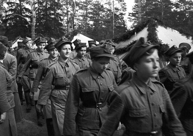 Żeński oddział dywizji Kościuszki pod Riazaniem