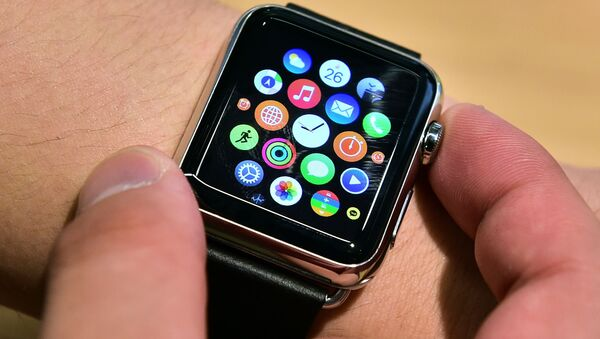 Презентация часов Apple Watch на начале продаж в Южной Корее - Sputnik Polska