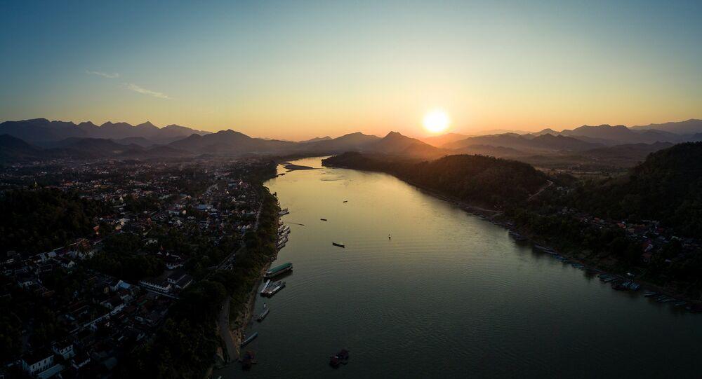 Mekong, Laos