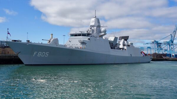 Okręt Marynarki Wojennej Holandii HNLMS Evertsen - Sputnik Polska