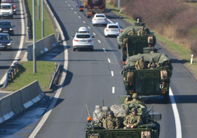 Amerykański konwój wojskowy w Czechach