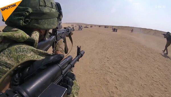 Ćwiczenia desantowców Sił Zbrojnych Federacji Rosyjskiej i Egiptu - Sputnik Polska