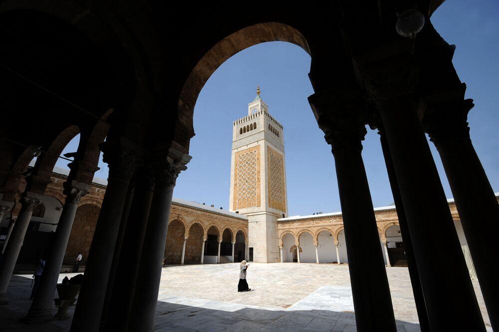 Meczet az-Zajtuna w Tunisie
