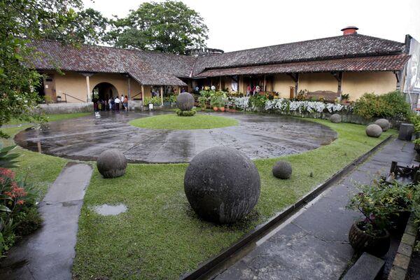 Kamienne kule z Kostaryki - Sputnik Polska