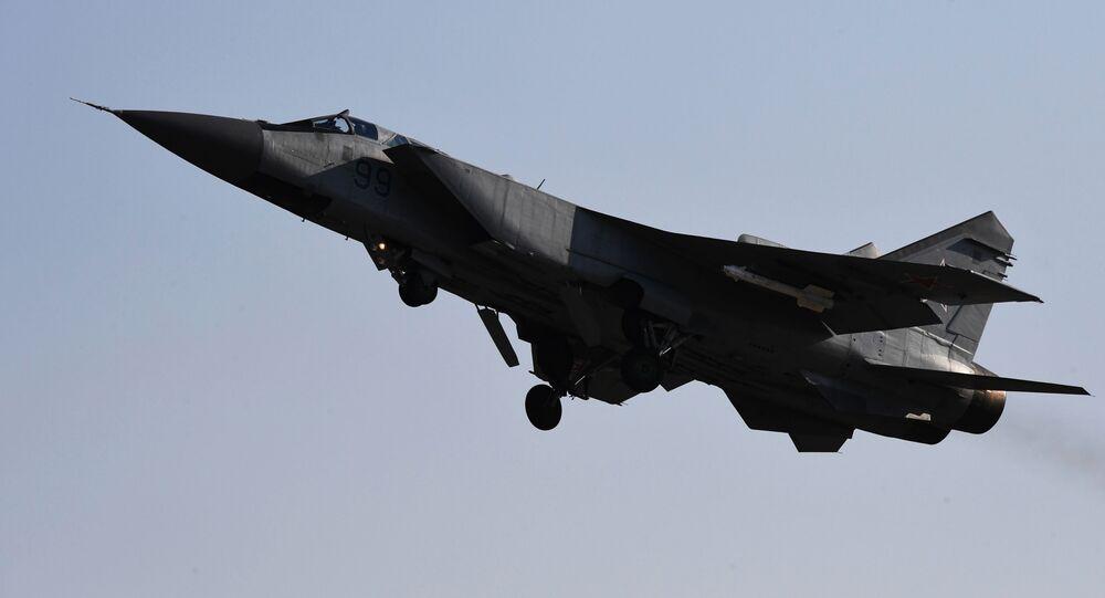 Wielozadaniowy myśliwiec MiG-31 Sił Powietrzno-Kosmicznych Rosji