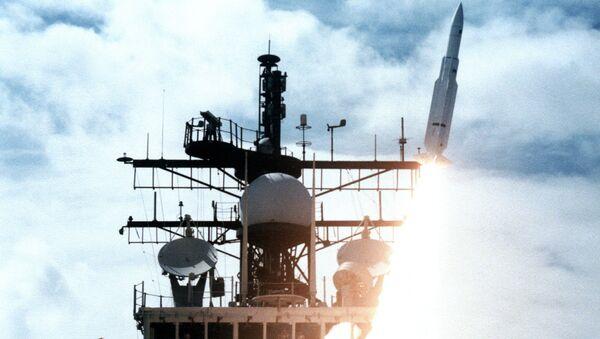 Start rakiety z pokładu okrętu Vincennes - Sputnik Polska