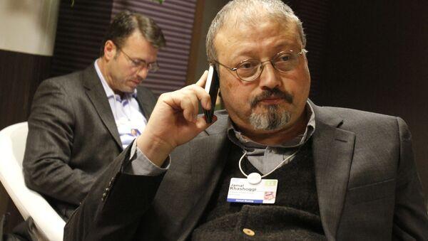 Saudyjski dziennikarz Dżamal Chaszodżdżi na Światowym Forum Ekonomicznym w Davos, Szwajcaria - Sputnik Polska