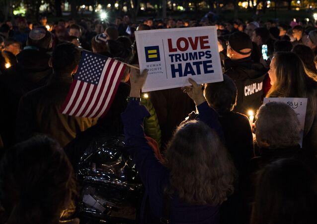 Członkowie wspólnoty żydowskiej Pittsburgha w USA, gdzie doszło do strzelaniny