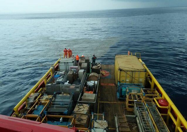 Prace ratunkowe na miejscu katastrofy samolotu Lion Air flight JT610 w Indonezji
