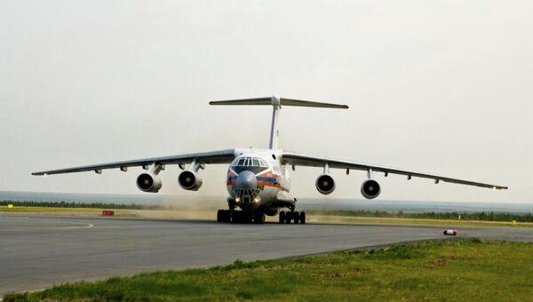 Rosyjski samolot transportowy Ił-76 - Sputnik Polska