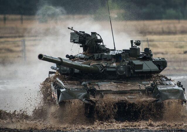 Rosyjski współczesny czołg podstawowy T-90