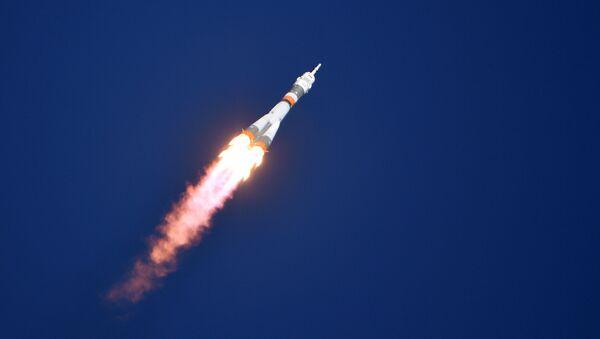 """Start rakiety nośnej """"Sojuz-FG"""" z załogowym statkiem kosmicznym """"Sojuz MS-10"""" - Sputnik Polska"""