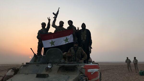 Syryjscy wojskowi w Abu Kamal, na granicy z Irakiem - Sputnik Polska