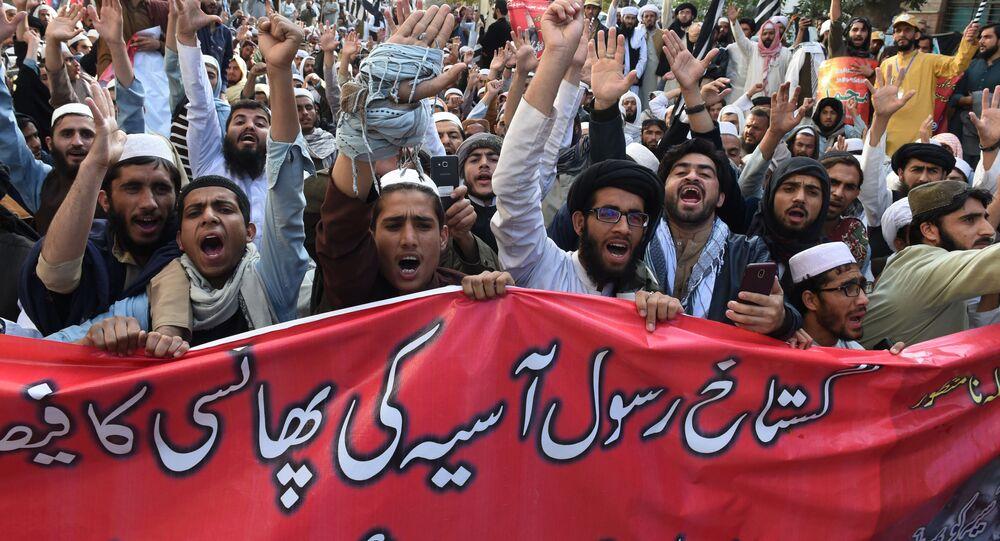 Muzułmańscy radykałowie w Pakistanie protestują przeciwko uniewinnieniu Asi Bibi