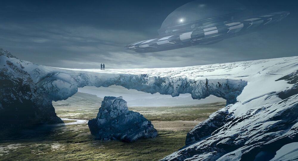 UFO nad lodowcem