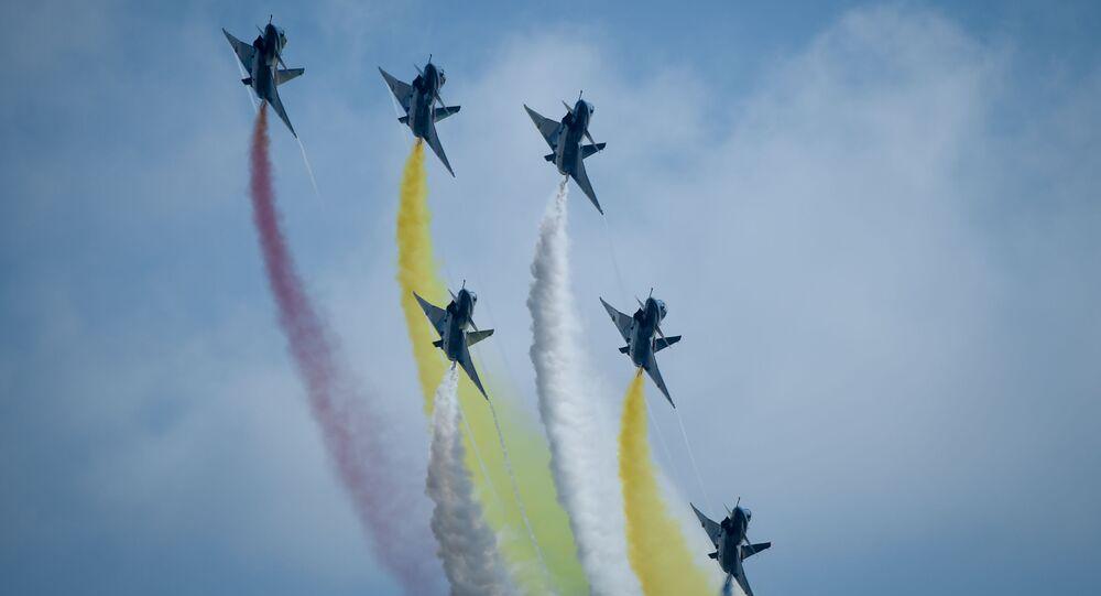 Chińskie myśliwce J-10