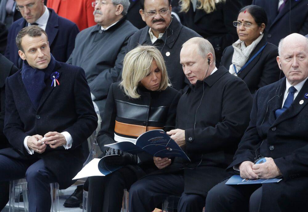 Prezydent Rosji Władimir Putin na uroczystościach pod Łukiem Triumfalnym w Paryżu z okazji 100. rocznicy zakończenia I wojny światowej
