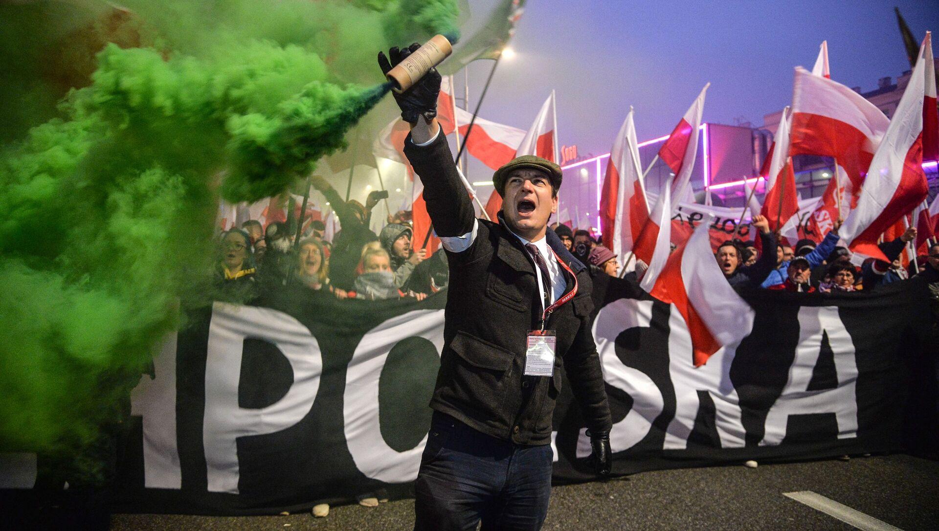 Marsz w Warszawie na 100-lecie odzyskania niepodległości - Sputnik Polska, 1920, 16.02.2021