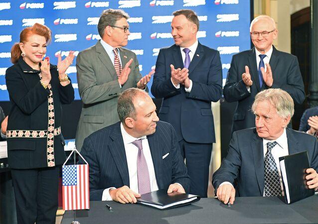 Podpisanie porozumienia w sprawie importu amerykańskiego LNG do Polski