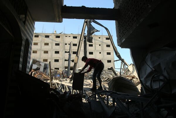 Izraelskie siły powietrzne zbombardowały Strefę Gazy - Sputnik Polska