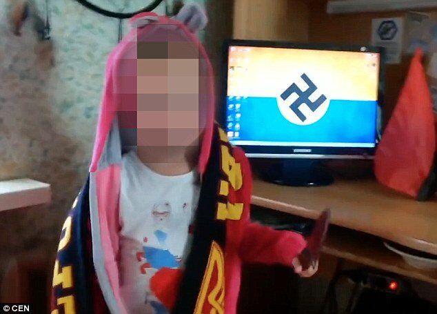 """3-letnia ukraińska dziewczynka wykrzykuje hasła nazistowskie i grozi """"zarżnięciem Rosjan"""