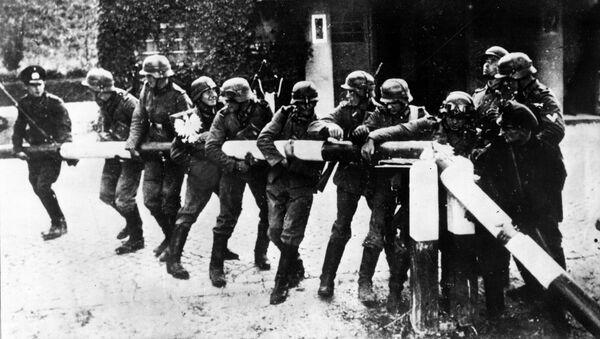 Niemieccy żołnierze na polsko-niemieckiej granicy - Sputnik Polska