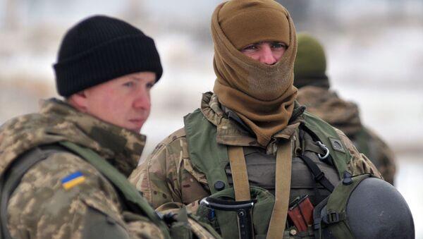 Żołnierze Sił Zbrojnych Ukrainy w obwodzie lwowskim - Sputnik Polska
