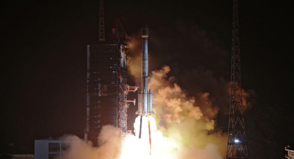 Start rakiety nośnej Xichang z satelitami nawigacyjnymi Beidou-3