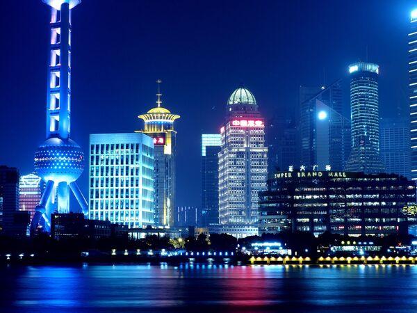 Oriental Pearl Tower w Szanghaju - Sputnik Polska