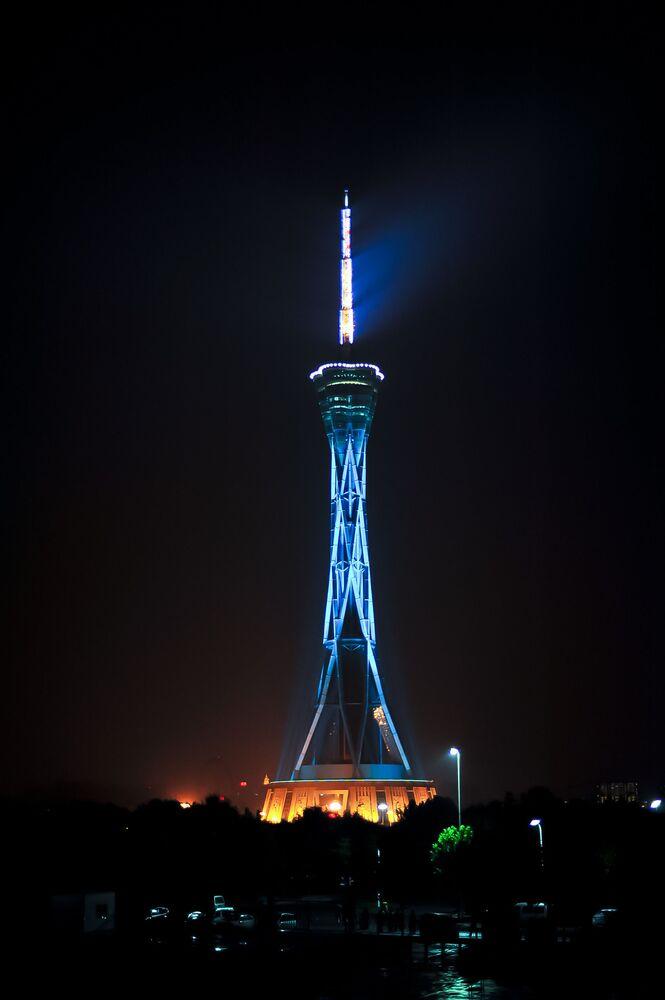 Wieża telewizyjna Zhongyuan w Chinach