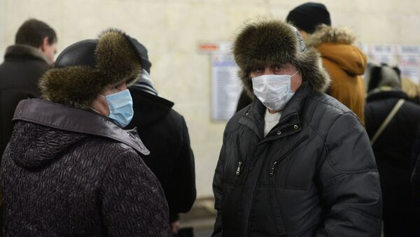 Mężczyźni walczą z epidemią grypy - Sputnik Polska