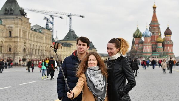 Turyści na Placu Czerwonym - Sputnik Polska