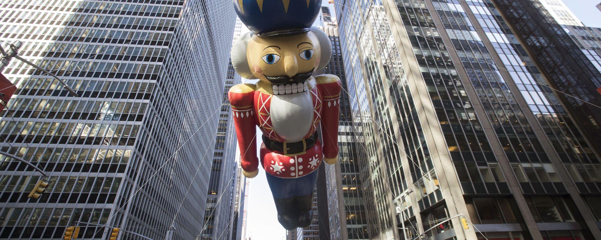 Wielka parada z okazji Dnia Dziękczynienia w Nowym Jorku - Sputnik Polska, 1920, 12.07.2021