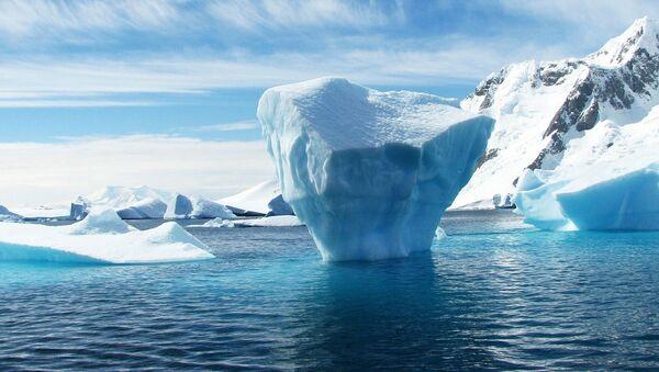 Topienie lodów na Antarktydzie - Sputnik Polska
